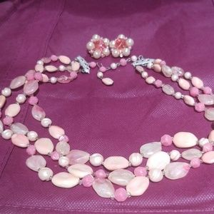 Pretty vintage necklace & Lisner earrings PM 707